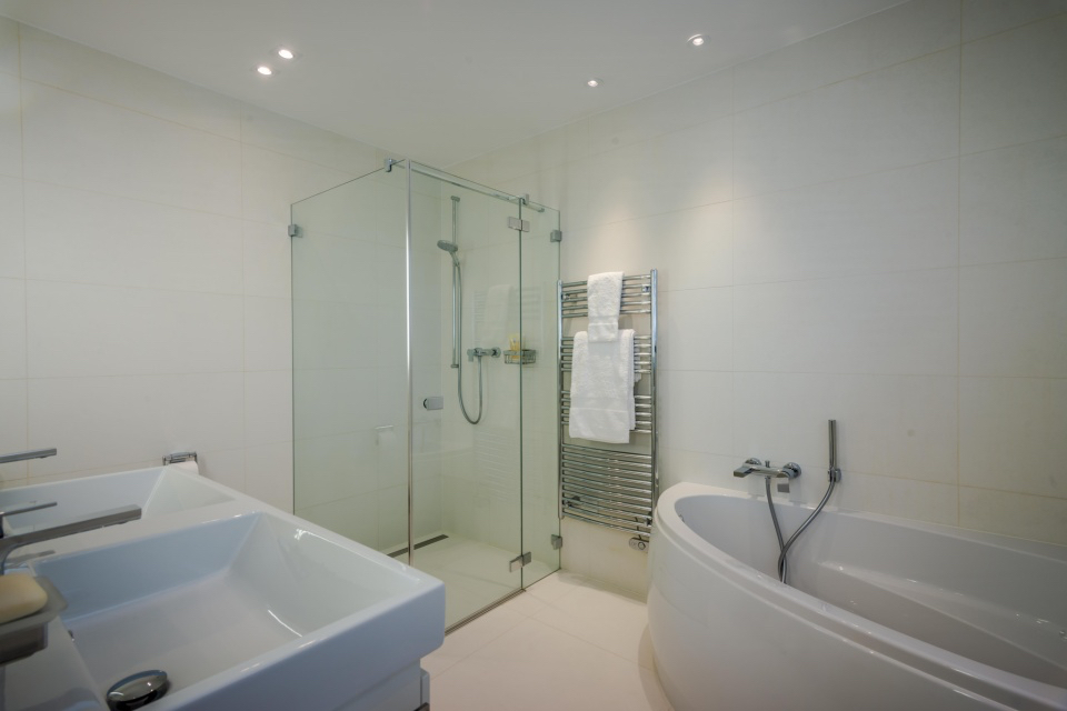 Montreux Bathroom