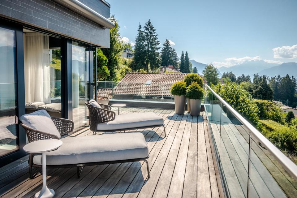 Montreux Sun Deck